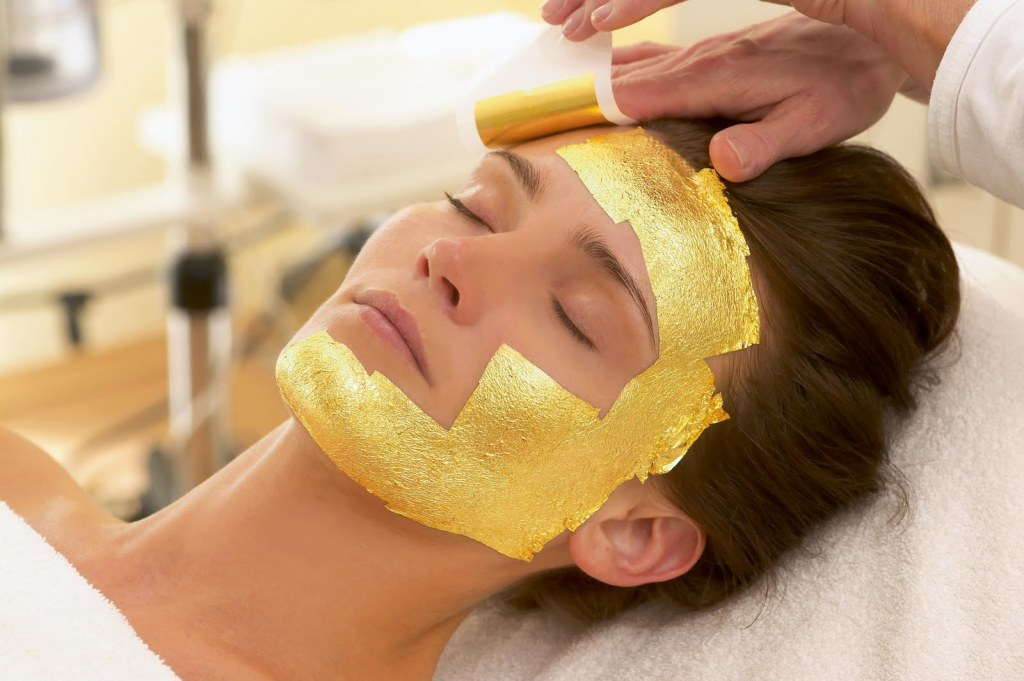 Green-day-spa-24-Karat-Gold-Facial.jpg