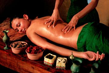 Ayurvedha-massage.png